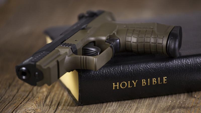 guns_in_church