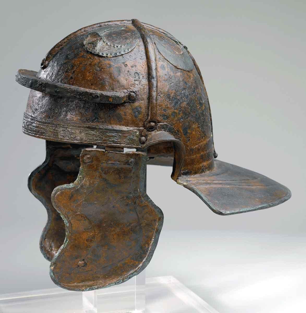12-Roman-Helmet-BB